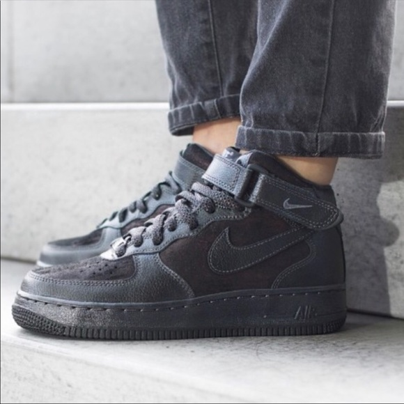 the latest bcdf0 d5aac NWT Nike Air Force 1 Premium High tops